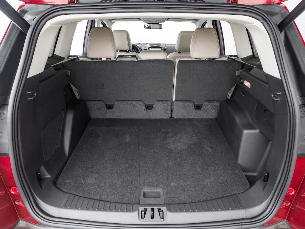 2017 Ford Escape Cargo